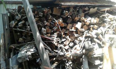 Продаю дрова.Дрова сухие. 1800сом. Район Баят
