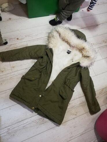 Original zenska jakna Parka Bez mana nosena par puta kao nova, velicin