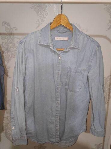 платья рубашки свободного кроя в Кыргызстан: Продаю женскую джинсовую рубашку свободного кроя (как оверсайз) фирмы