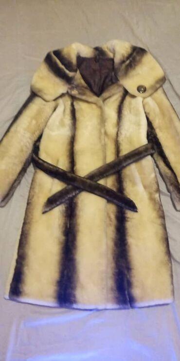 Продаю шубу мутон одевали всего пару раз размер 42 -44
