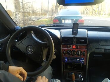 рокфон 3 цена в Кыргызстан: Mercedes-Benz 200 3 л. 2000