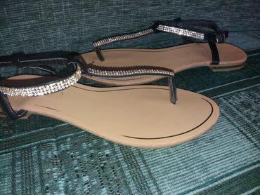 Sandale, broj 37