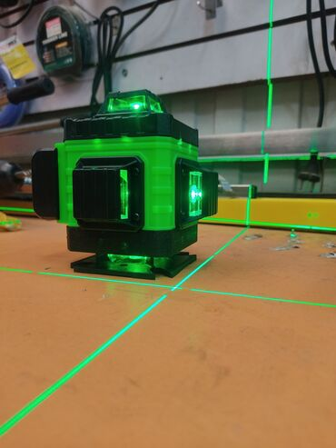 лазерный уровень бишкек in Кыргызстан | СПЕЦОДЕЖДА: Лазерный уровень 4D 15-ти лучевой  2 аккумулятора в комплекте+штатив