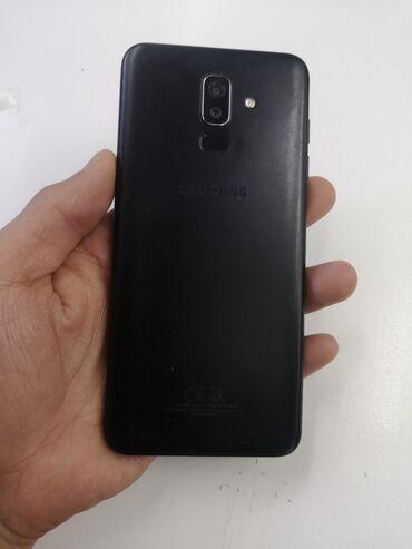 Срочно продаю Samsung j8 3/32gb состояния идеальное все работает