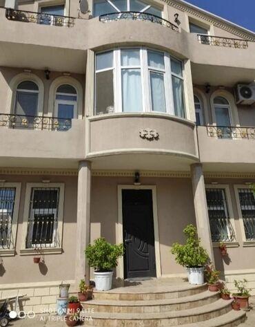- Azərbaycan: Satılır Ev 300 kv. m, 7 otaqlı
