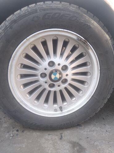 шницер диски в Кыргызстан: Есть диски на 39 кузов бмв продаю 10000 сом с покрышкой или меняю на