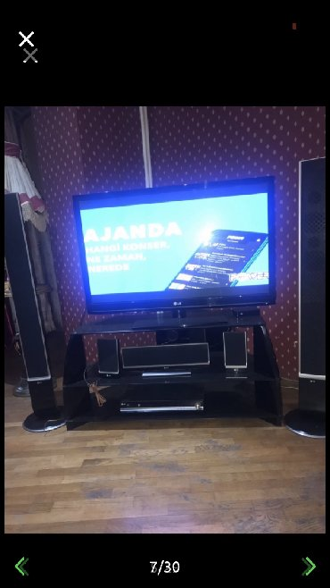 LG televizoru,130 ekran,iki boyuk kolonkasi var,3 kicik kolonkasi