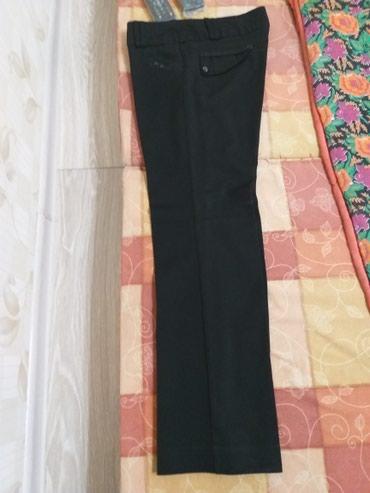 Брюки 48 размер. турция.пару раз одета. брала за 2500. отдам за1500 в Бишкек