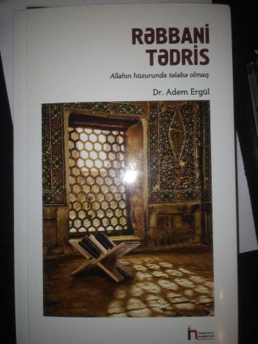 Bakı şəhərində Dini kitab