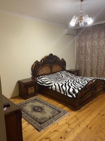 Daşınmaz əmlak - Azərbaycan: 4 otaqlı, 150 kv. m Mebelli