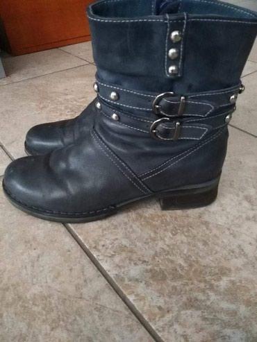 Kozne cizme. Obuvene par puta, sto se i vidi na slikama. Vel. 37,ali - Prijepolje