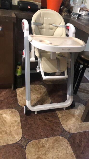 Детская мебель - Бишкек: Продаю стул трансформер в отличном состояниесидушка эко кожаТурция