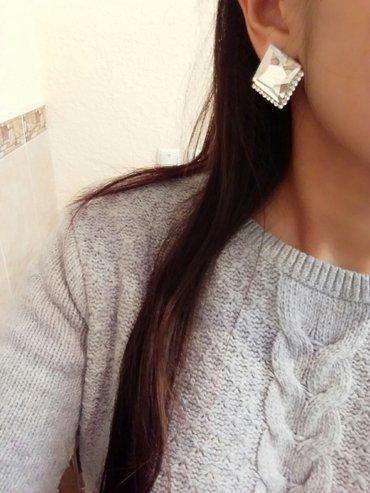 Отдам нарядные, красивые сережки всего за 100 сом,  новые в Бишкек