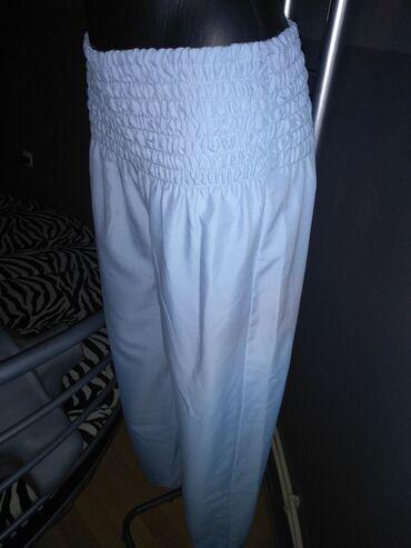 Pantalone letnje - novo M Opis predmetaNOVI MODELVeličina M - LOko