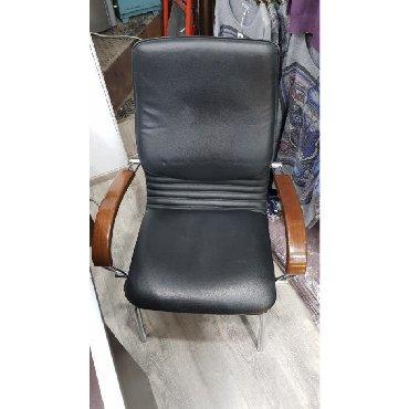 Temiz koja ofis kreslo tipli stul satilir.Qiymət 80 manat.temiz fabrik в Saraj
