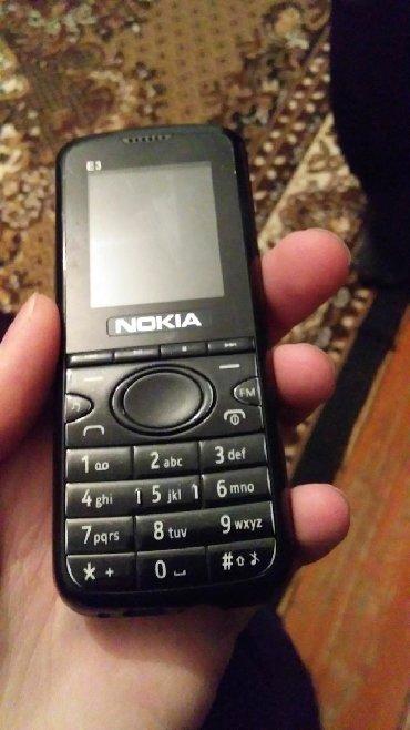 nokia-3 в Азербайджан: Nokia hər bir yeri işləkdi iki nömrədi fənəri var telefon ustundə