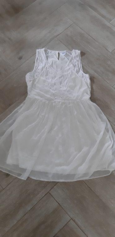 Prelepa lagana haljina,bukvalno jednom nosena.Marka Vero moda,velicina - Novi Sad