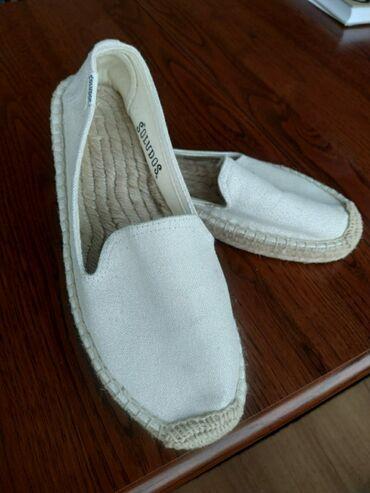Женская обувь в Бишкек: Эспадрильи, новые, не подошли по размеру. Размер 37, маломерят