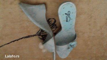 Prodajem ženske papuče, br 36, visina štikle 8cm. Cena 700din plus - Belgrade