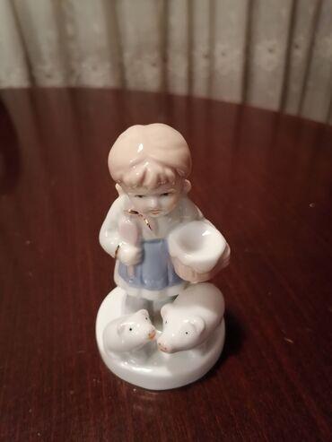Porcelan - Srbija: Porcelan figura