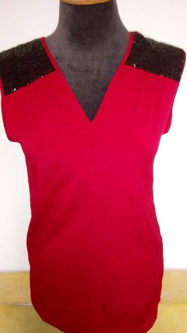 Turska Nova majica bez rukava sa crnim sljokicama na ramenima. - Novi Banovci