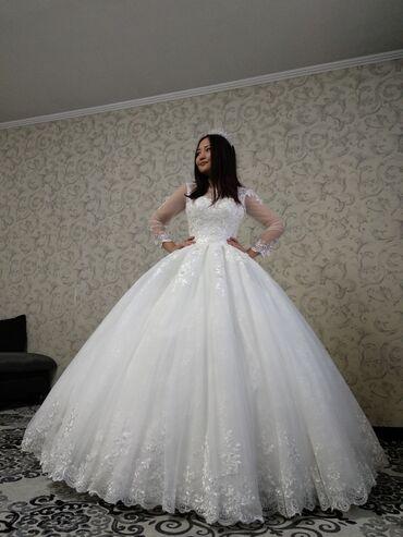 свадебное платье напрокат в Кыргызстан: Прокат, размер варьируется за счёт корсета от 42 до 46