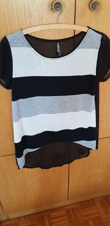 Zenske majice - Srbija: Zenska majica  Velicina M Nova !!!