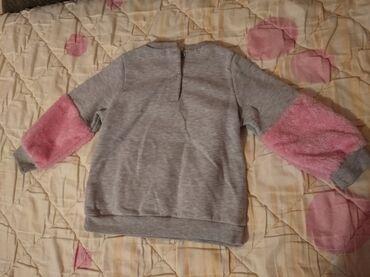 Deblja bluza za devojcice. Jednom obucena