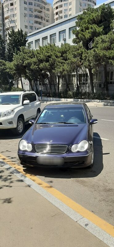 İş axtarıram (rezümelər) Bakıda: Ищу работу личного или семейного водителя на своем или вашем авто. Пор