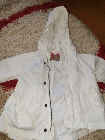 Zara jaknica 86velicina