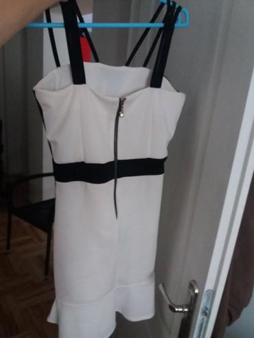 Prelepa haljina bez ikakvih ostecenja  M velicina - Nis - slika 3