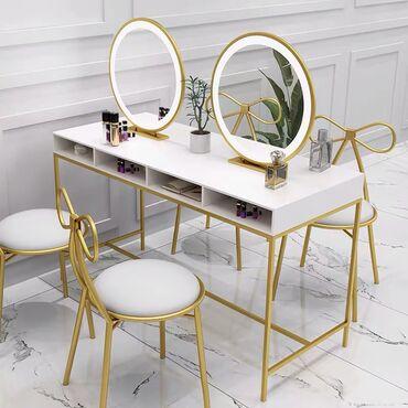 Макияжный стол !!! Идеальный набор для студии обучающий красиво краси