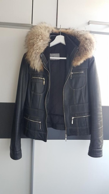AKCIJAAAA Kožna jakna sa krznom,L veličina,kvalitetna,u odličnom - Belgrade