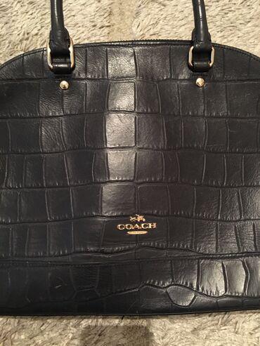 Женская сумка фирмы коуч( оригинал), б/у, но в отличном состоянии