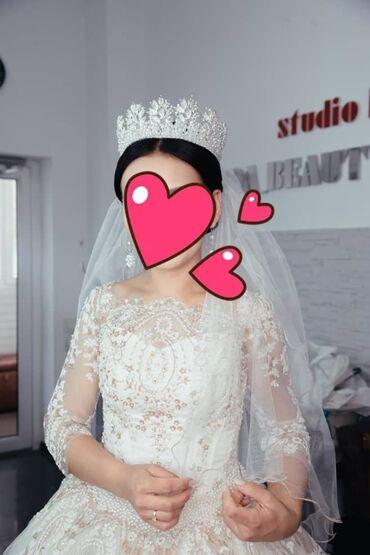 Свадебные платья и аксессуары - Кыргызстан: Срочно продается свадебное платье,сшито на заказ одета один раз