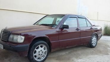 Mercedes-Benz 190 1.8 l. 1990 | 111111111 km