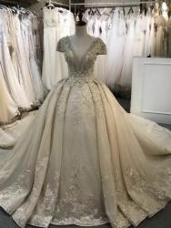 Роскошные Свадебные платья прокат продажа оптом и в розницу