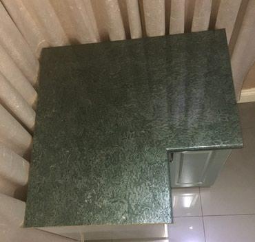 Угловая столешница зеленый мрамор 90 см х 90 см,новая. в Бишкек