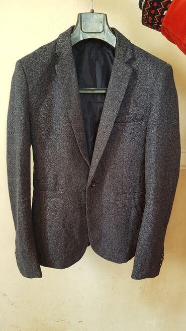Срочно продам,Пиджак от Зара мен700с,жынс пиджак чёрного