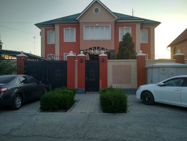 Продаю дом 3 уровня . Крапоткина- в Бишкек