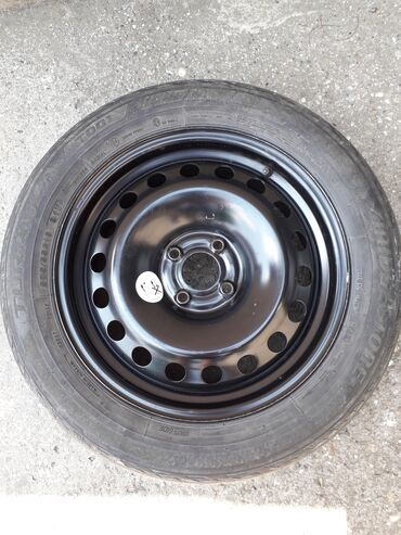 Vozila - Srbija: Prodajem rezervni točak za renault raspon rupa 4×100 sa gumom