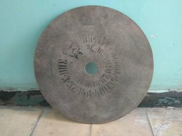 shvejnye-mashinki-3 в Кыргызстан: Отрезной круг-вулканит 300мм×3мм×32мм. В наличии 500 шт