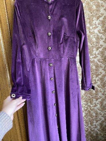 фиолетовое платье в пол в Кыргызстан: Велюровое нарядное платье в пол, на рост 170 см. Размер М