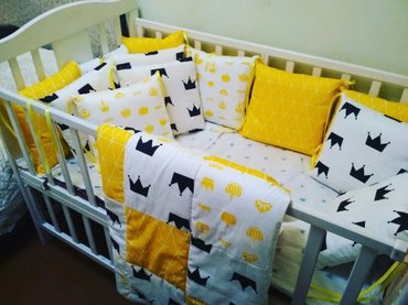 Бортики 12 подушек + простыня на резинке + одеяло.   подробнее  в Бишкек
