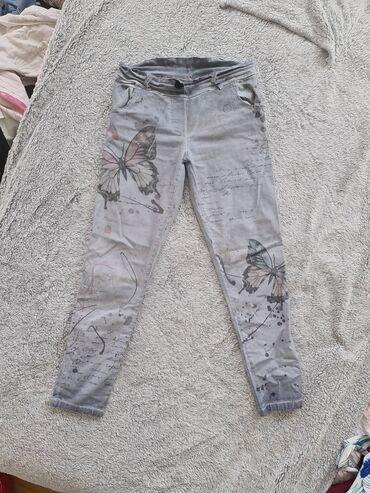 Pantalone kao farmerke