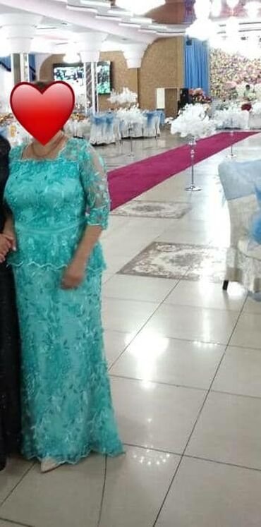 вечернее платье бу в Кыргызстан: Вечернее платье берюзового цвета с бусинками. Сшили на заказ,продаю за
