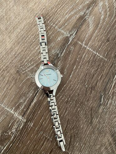Gümüşü Qadın Qol saatları Armani