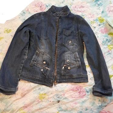 джинсова курточка в Кыргызстан: Джинсовая курточка на 42,44,46 размер. Состояние супер. Цена 250 сом