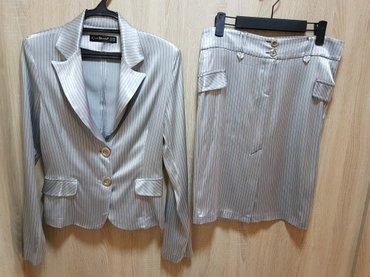 Классический костюм,как новый,размер 42-44 в Лебединовка