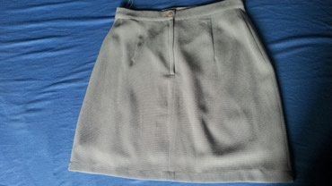 Kratka elegantna suknja. Prakticno nova, obukla sam je jednom...sa - Trstenik